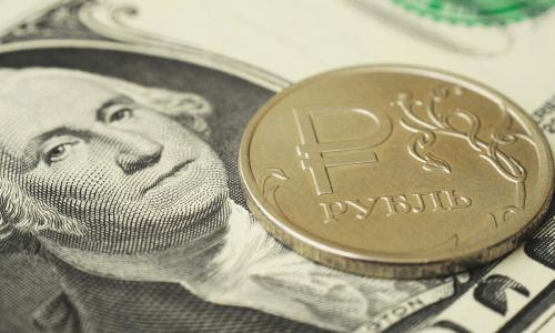Россиянам объяснили, что делать с валютой после дедолларизации ФНБ